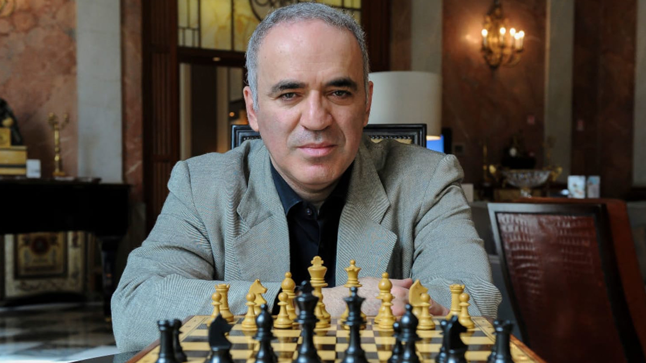 Greatest Chess Grandmaster: Bitcoin Empowers Public and Protects Dissidents